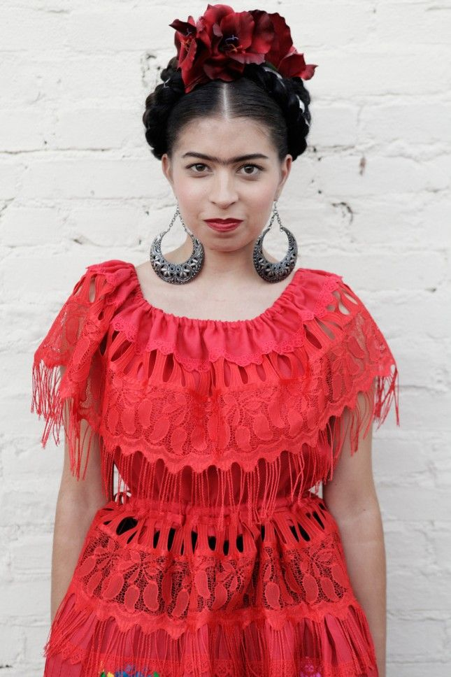 Best 25 frida kahlo fancy dress ideas on pinterest frida kahlo 15 artsy costume ideas that are mega masterpieces solutioingenieria Images
