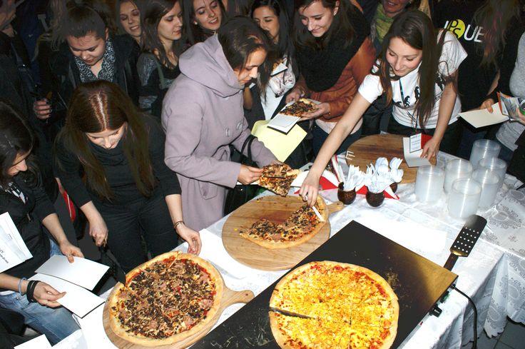Łapu Capu po pyszną Pizzę!  #banolli #foodevent