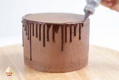 Ideale Schokoladen Glasur für einen Drip Cake. Anleitung zur Dripping Torte. So…