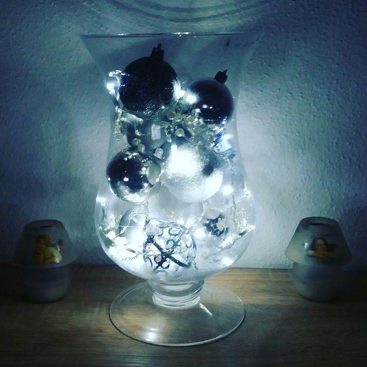 25 einzigartige weihnachtskugeln silber glas ideen auf pinterest sch ne weihnachtskugeln glas. Black Bedroom Furniture Sets. Home Design Ideas
