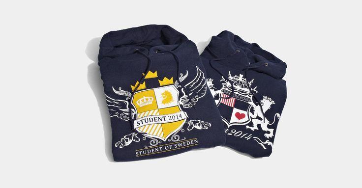 MyGrad är ett svenskt företag som har allt inför skolavslutningen som tex studentmössor, kläder och accessoarer. Hos MyGrad kan du specialdesigna din studentmössa.