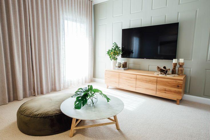 Long Jetty Reno by Kyal & Kara. Loughlin Furniture custom made entertainment unit. Gorgeous styling by Kara Demmrich.