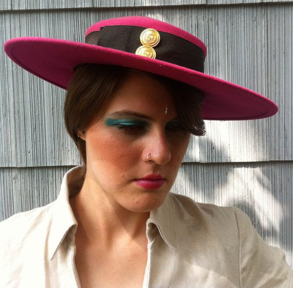 Fairgrounds Racetrack Derby Hat by LuckyGreenParrot on Etsy, $68.00