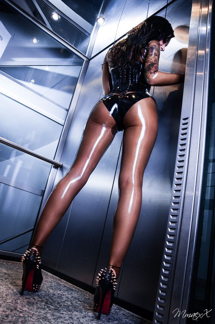 Latex Etc... : Photo