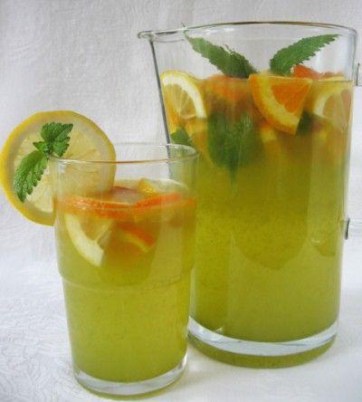 Limonádé citromfűvel