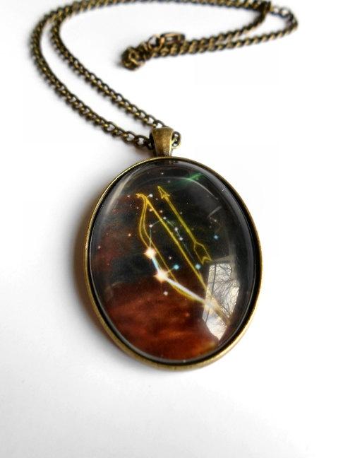 Skyrim archery perk necklace. Love the look of this :) #skyrim #dawnguard #hearthfire