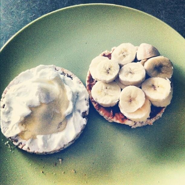 Rice cake + PB + banana + Greek yogurt + honey: Cakes Sandwiches, Rice Cakes, Healthy Breakfast