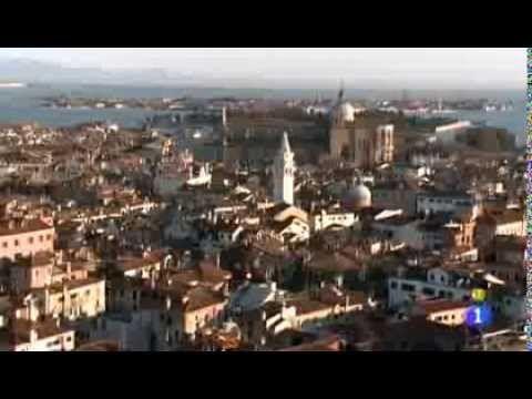 Su paisaje, los olivos, los viñedos y las casas medievales han sido escenario de numerosas películas de cine. Nuestras madrileñas han escrito su propio guión...