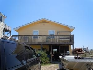 $1325 Topsail Island rental: His Idea - Oceanfront 2 bedroomscottage in North Topsail Beach,