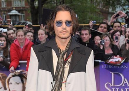 Le cas de Johnny Depp s'aggrave : il serait carrément un serial-trompeur