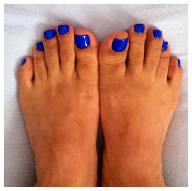 1000+ Ideas About Blue Toe Nails On Pinterest