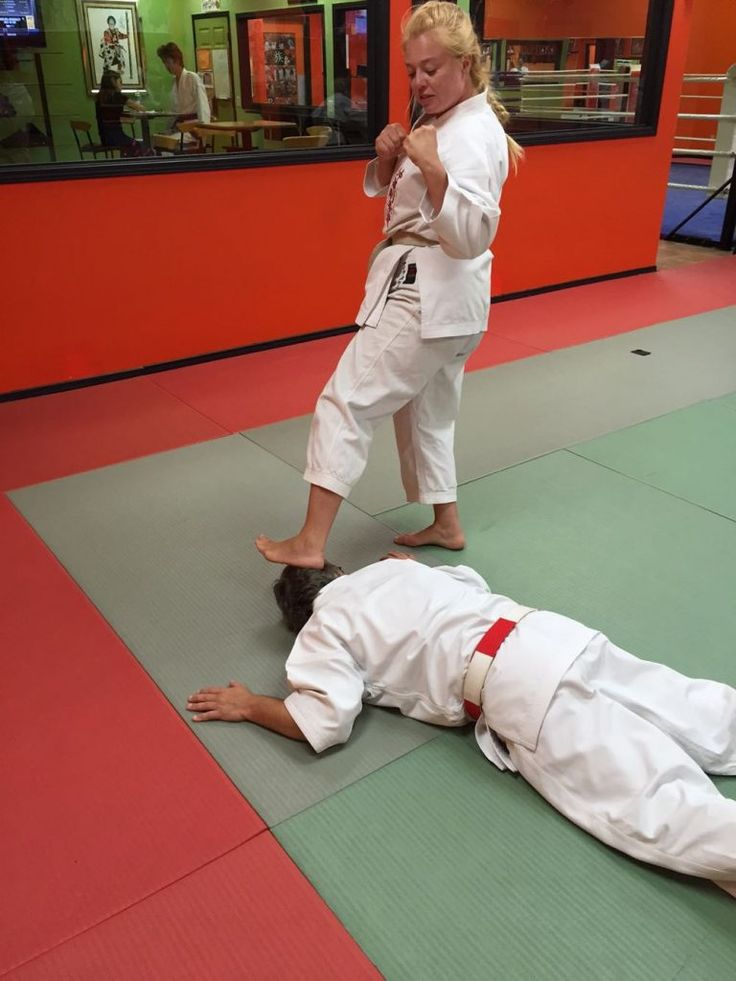 This month I am demonstrating self-defence against an across-line wrist grab, step 9.