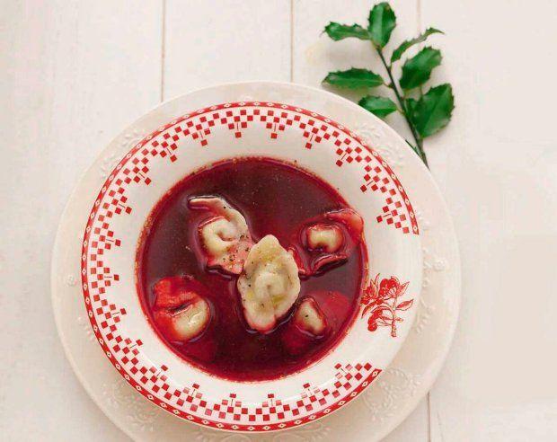 Borsh with wild mushroom for freezing. Barszcz czerwony z grzybowymi uszkami - do zamrożenia