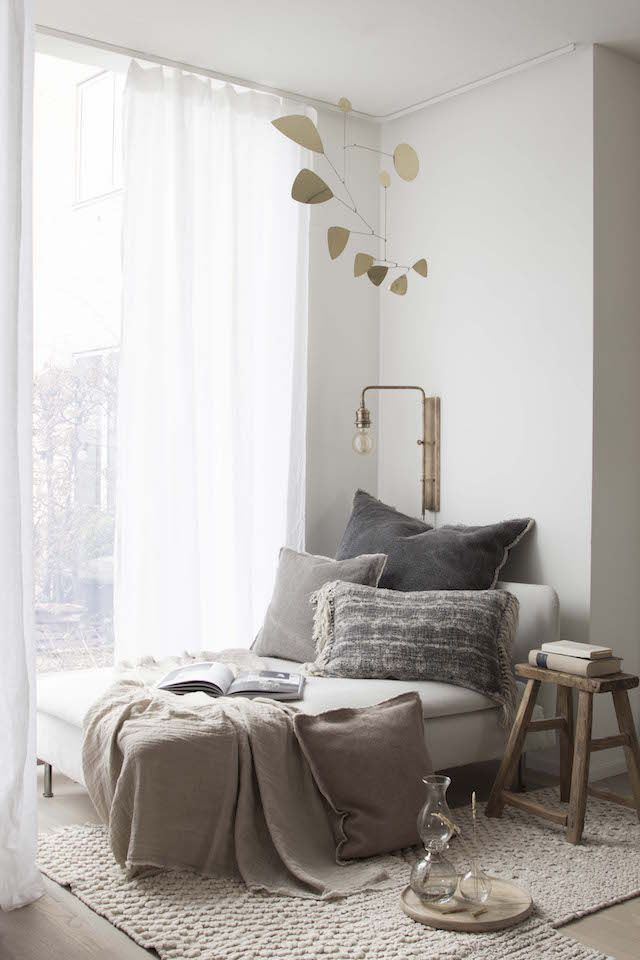 My new window nook / reading corner! / My Scandinavian Home blog.