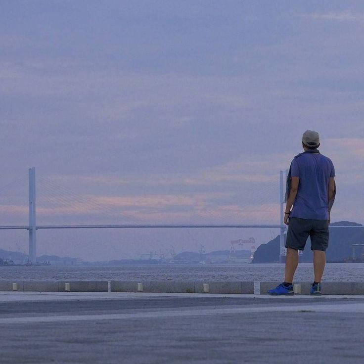 Oltre le nuvole ci sono io ci sei tu e c'è sempre il sole.. #Giappone #Japan #travel #viaggio #amazing #YouTube #vlog #travelblogger #travelvlogger #photooftheday #photography #japantrip #turismo #sugoi #onlyinjapan #kawaii #backpackers #walk #picoftheday #nagasaki #peace #me #men #sunset #skyline