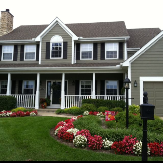 Beautiful house and landscaping curb appeal pinterest for Front porch landscaping ideas