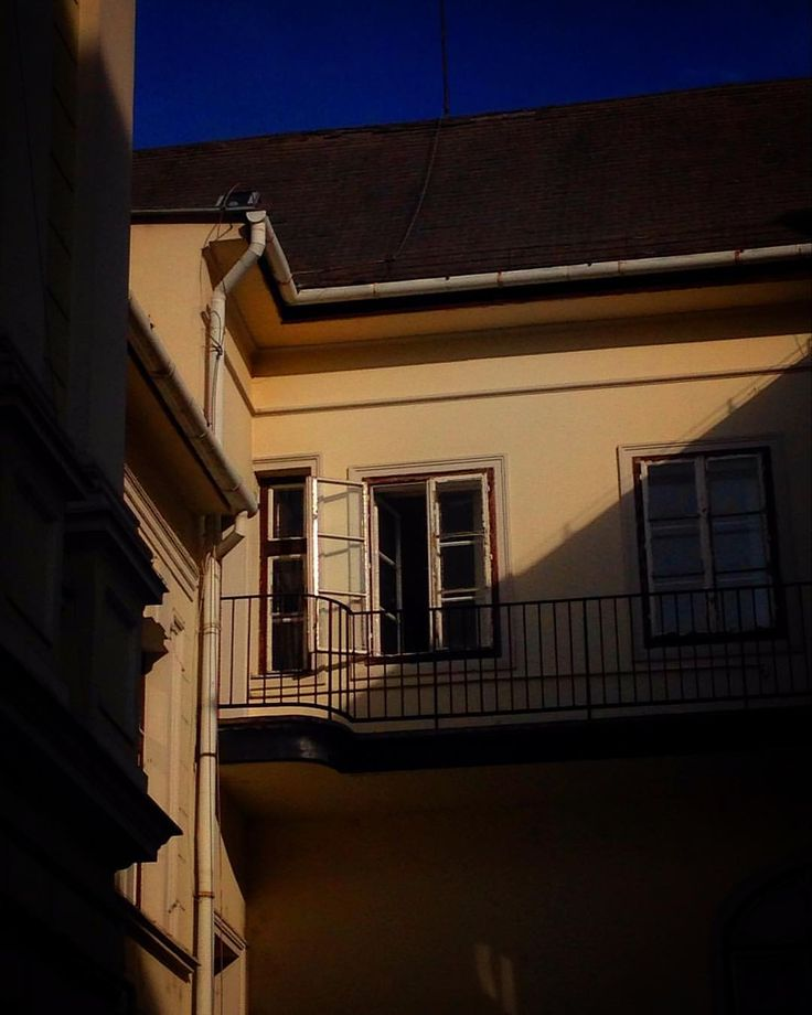. . . . . #love #instagood #instadaily #instapic #architecture #building #lightandshadow #light #shadow #bluesky #architecturephotography #architecturelovers #windows #window #openwindow #art #artsy #photography #artsgram #yellow #blue #pictureday #picoftheday #pictureoftheday