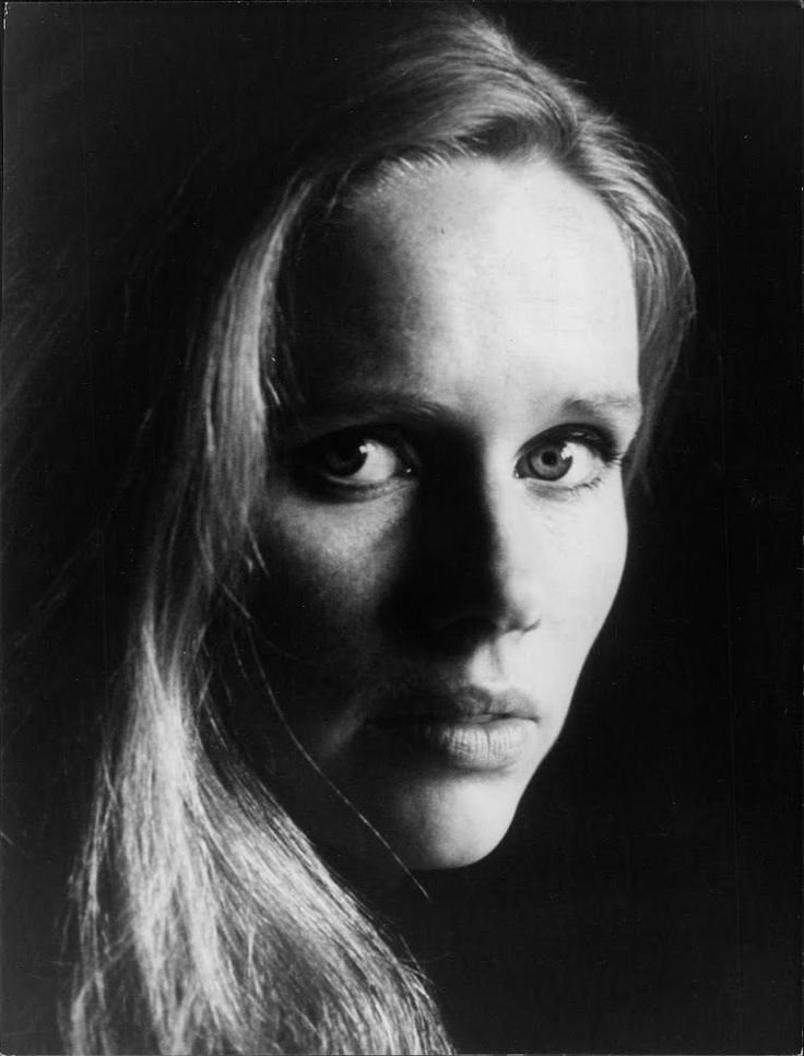 """Liv Johanne Ullmann is a Norwegian actress and movie director, as well as one of the """"muses"""" of the Swedish director Ingmar Bergman, PickID: 19954. This photograph originates from the International Magazine Services photo archive."""