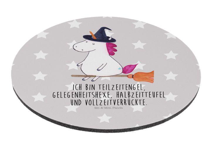 Mauspad rund Einhorn Hexe aus Naturkautschuk  black - Das Original von Mr. & Mrs. Panda.  Ein wunderschönes rundes Mouse Pad der Marke Mr. & Mrs. Panda. Alle Motive werden liebevoll gestaltet und in unserer Manufaktur in Norddeutschland per Hand auf die Mouse Pads aufgebracht.    Über unser Motiv Einhorn Hexe  Das Hexen-Einhorn ist das perfekte Einhorn für diejenigen, die alles andere sind als langweilig. Manchmal Hexe, manchmal Engel, manchmal Teufel. So bleibt das Leben spannend…