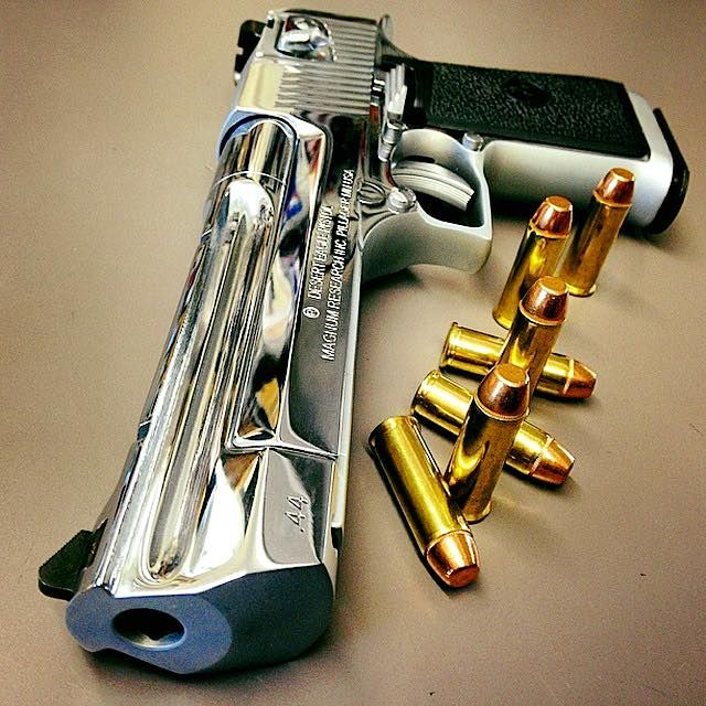 Desert Eagle-44 magnum Find our speedloader now!  http://www.amazon.com/shops/raeind
