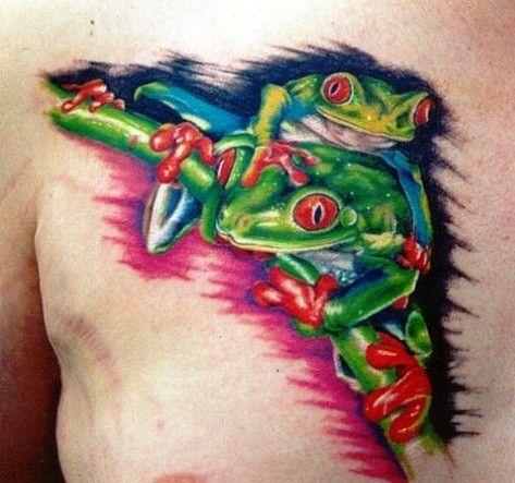 Baumfrösche mit roten Augen Tattoo an der Brust