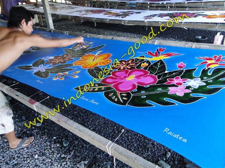 Pareos batik sarongs