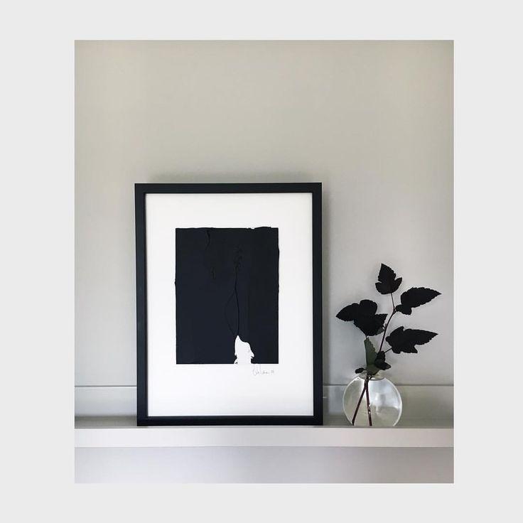 """32 gilla-markeringar, 1 kommentarer - MARIA LEINONEN ART (@marialeinonenart) på Instagram: """"Så fint med en målad tavellist i samma färg som den grå väggen! Detta är en målad pannå som fästs…"""""""