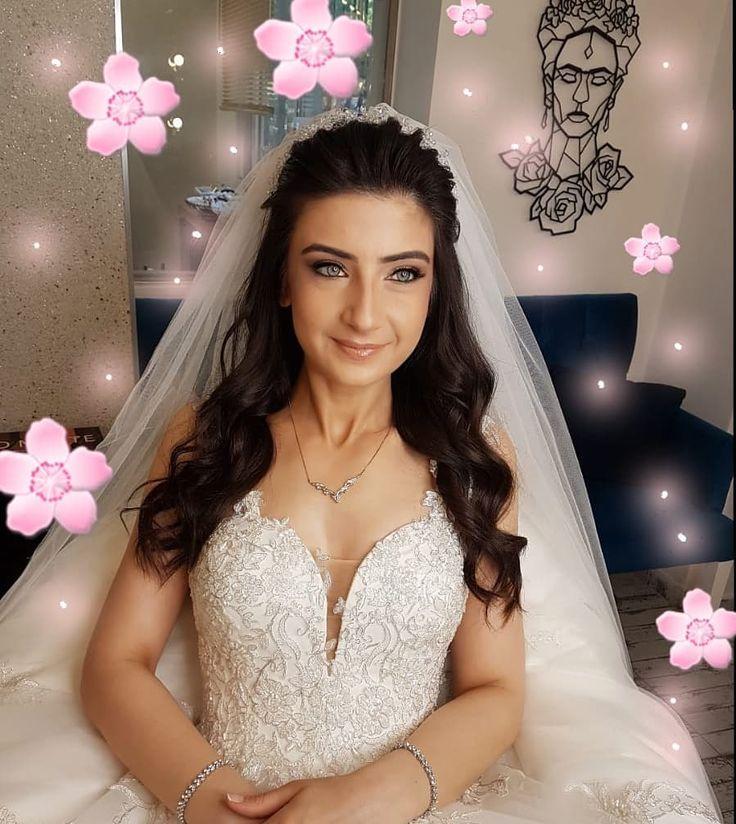85 Elegant Wedding Hairstyles - Best Wedding Hairstyles for Bride 2019