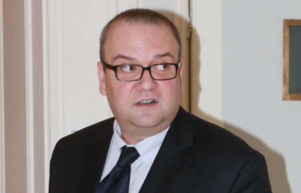 Klaus Iohannis l-a eliberat pe George Scutaru din functia de consilier prezidential - http://stireaexacta.ro/klaus-iohannis-l-a-eliberat-pe-george-scutaru-din-functia-de-consilier-prezidential/