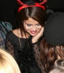 Selena Gomez celebrates 21st birthday