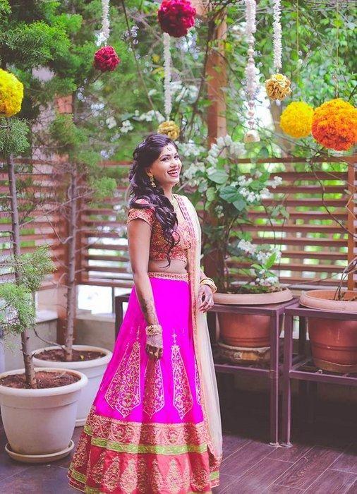 Indian Wedding Website : Wed Me Good | Indian Wedding Ideas & Vendors Online | Bridal Lehenga Photos...OK! I LOVE HER HOUSE SO MUCH
