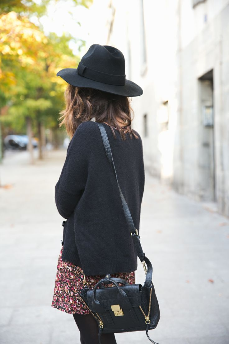 Fall Fashion | Floral Skirt | Black Sweater | Over the Shoulder Leather Bag | Hat