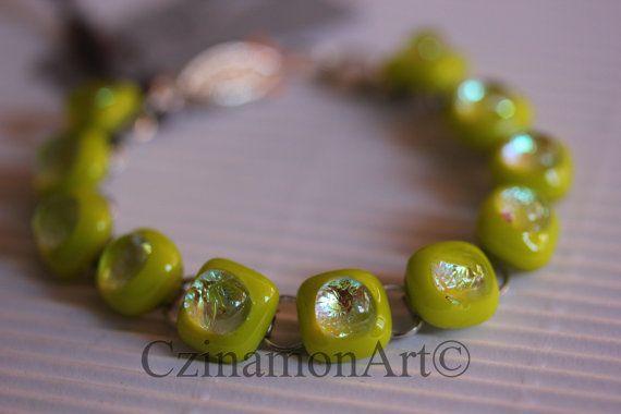 Light Green Dichroic Fused Glass Bracelet by CzinamonArt on Etsy, €25.00