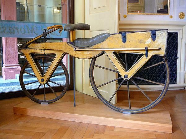First bicycle - 1818 The Dandyhorse