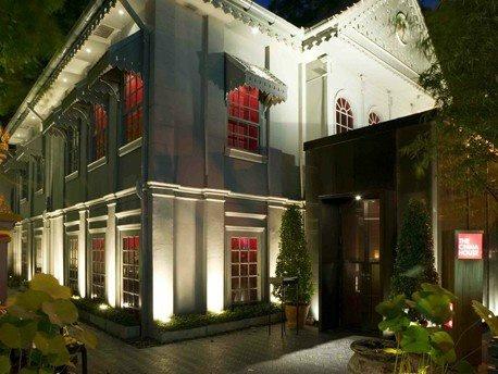 THE RED CAMERA - CINA HOUSE AL Mandarin Oriental Hotel  Bangkok Thailandia  Partner in Charge: Lyndon Neri e Rossana Hu   Cliente: Mandarin Oriental Hotel Group   Data di completamento: Nov 2006   Superficie: 700 mq
