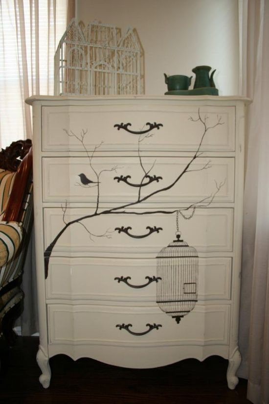Stencilled chest of drawers