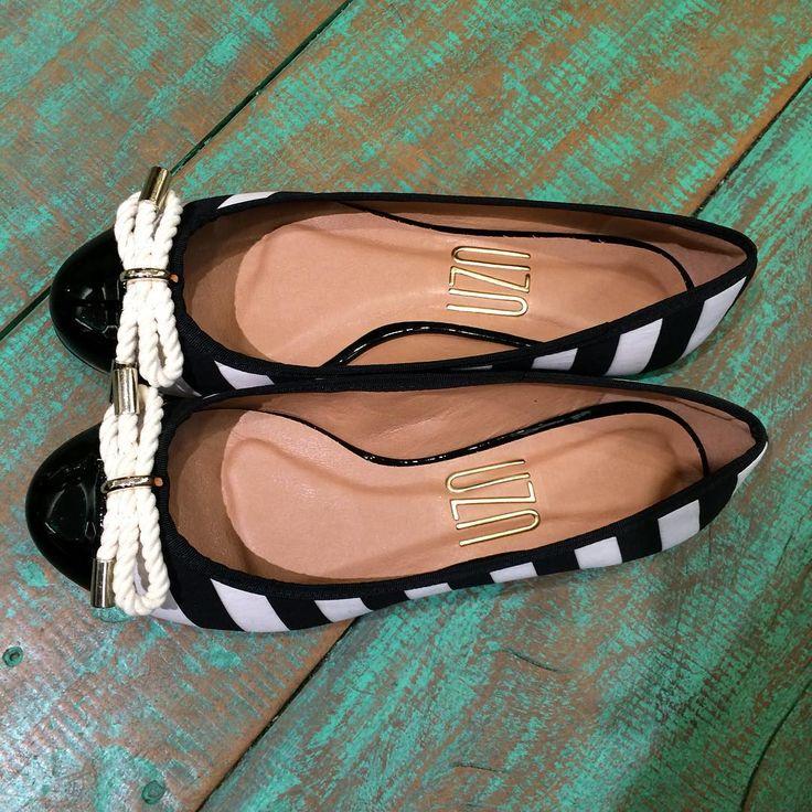 ◼️◻️◼️◻️!!!! Listras que tanto amamos e com frete grátis ❤️ #calçados #perfeita #verao2016 #jatemnaloja #uzashoes #chegou #flat ➡️R$249,90