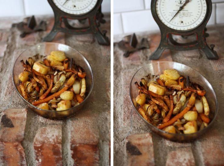 To je tak, když přijde podzim. Ze dne na den začne být větrno a deštivo a zima. Kaštanová alej během několika dnů zčervená. Nic se vám nechce. A právě pečená zelenina je do toho nečasu to pravé ořechové. Provoní celou kuchyň a pořádně (s pomocí kayenského pepře) zahřeje. Zdali ji pasujete na přílohu nebo hlavní chod, to už je na vás.
