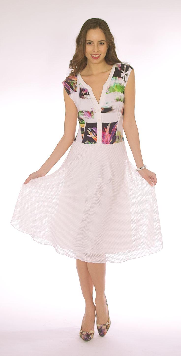 Fit & Flare Sleeveless Dress SL0516