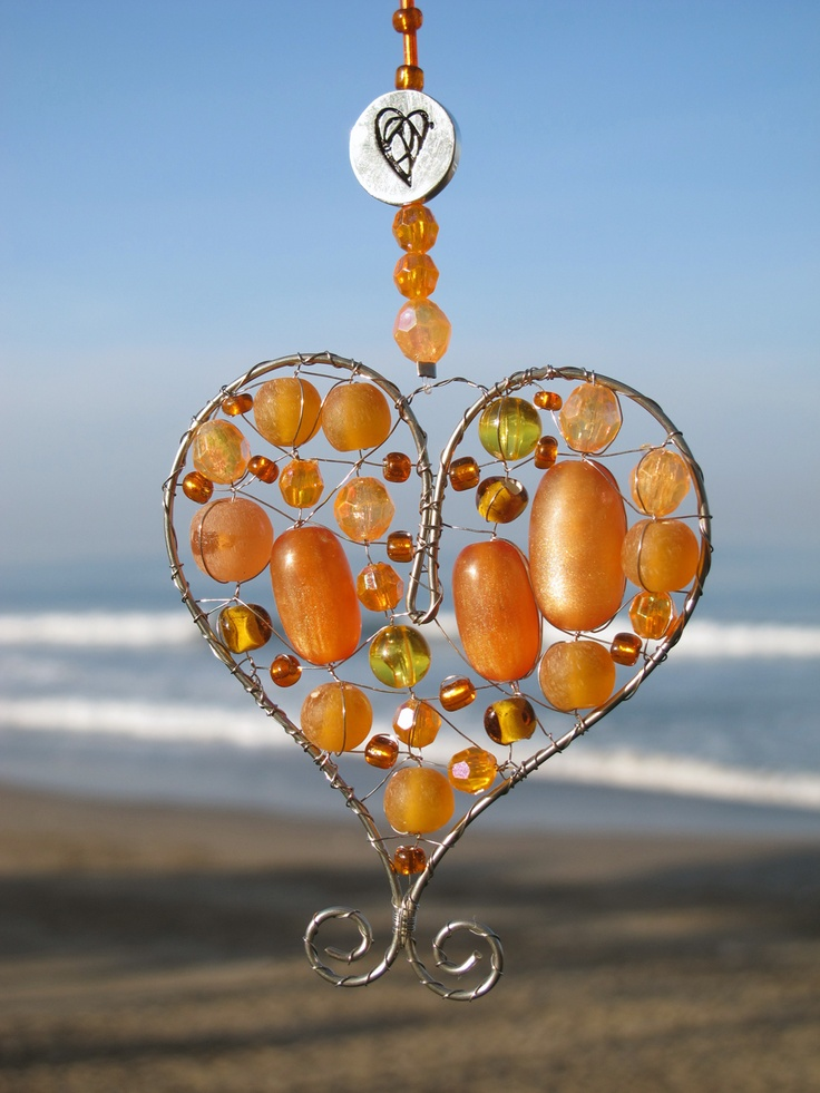 Tomorrow the inauguration will take place in The Netherlands where Prince #Willem-Alexander will succeed #Queen #Beatrix as the King of the Kingdom of The #Netherlands. To celebrate this, Hero and Leander has created these beautiful #orange hearts. Have a look at these new hearts. This unique #lightcatcher can be ordered on www.heroandleander.com at a price of $12.00