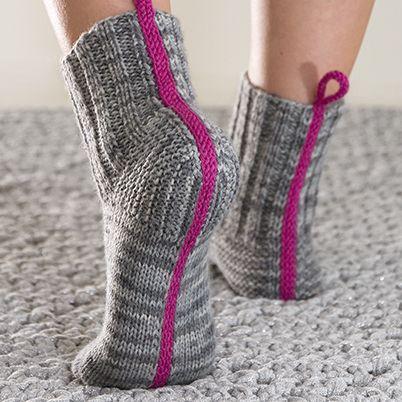 OHJE: Lykke-saumasukat. 2 needle socks by Marja Rautiainen for Lankava Oy. http://www.lankava.fi/WebRoot/esito/Shops/esito/MediaGallery/OHJEET/2015/Lykke_saumasukat.pdf