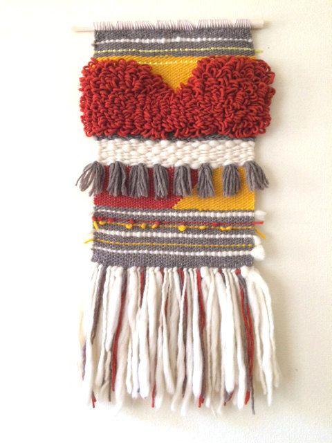 Woven wall hanging weaving trapestry organic wool por mandalali