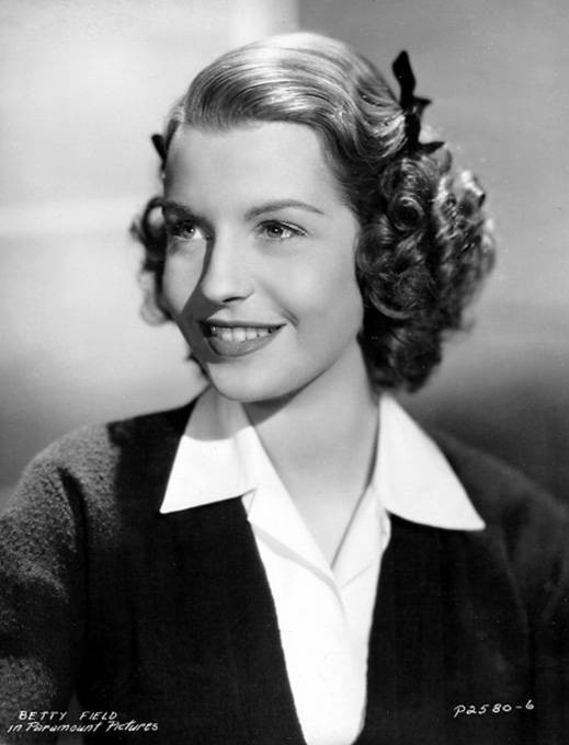 A lovely portrait of actress Betty Field (very cute hairstyle). #vintage #actresses