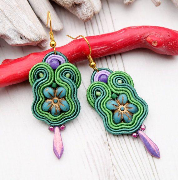 Small Green Soutache Earrings-Flower Earrings-Retro Earrings-Hippie Boho Earrings-Beaded Dangle Earrings-Chech Beads Earrings