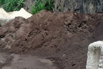 Qualities to Look for in Your Topsoil Supplier