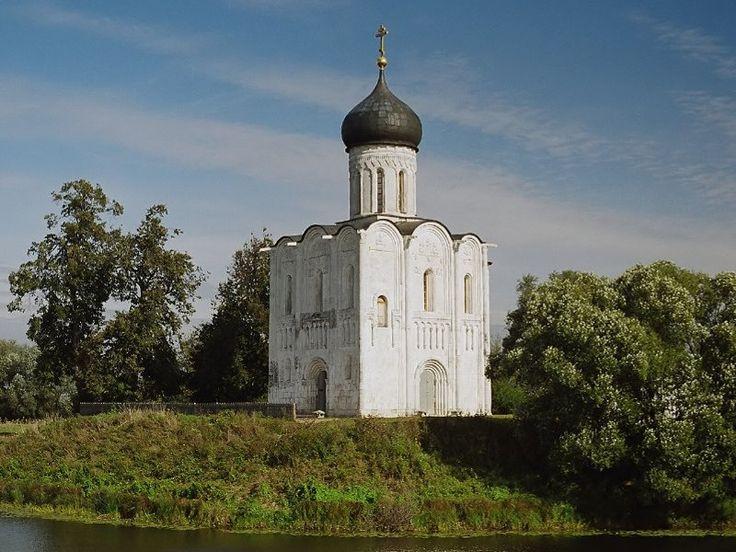 Домонгольскими храмами условно считаются постройки до XIII века включительно. В средней полосе России сохранилось всего 9 стольдревних храмов - во Владимирской и Ярославской областях. Мы собрали все храмы в этой …