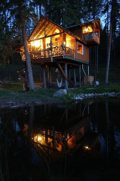 Treehouse, East Kootenays, British Columbia, Canada