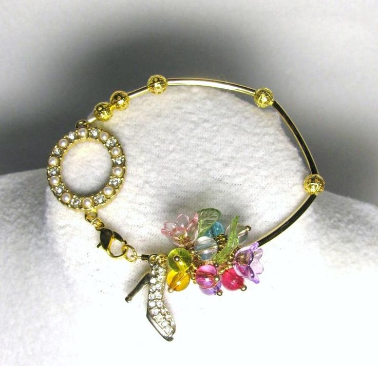 Shining Through - Jewelry creation by Linda Foust