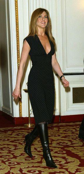 Jennifer Aniston Day Dress - Jennifer Aniston Clothes Looks - StyleBistro This dress. OH! THIS DRESS!