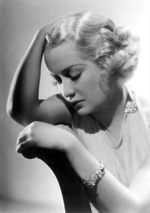 Found in Trouble in Paradise.  George Hurrell, Miriam Hopkins.